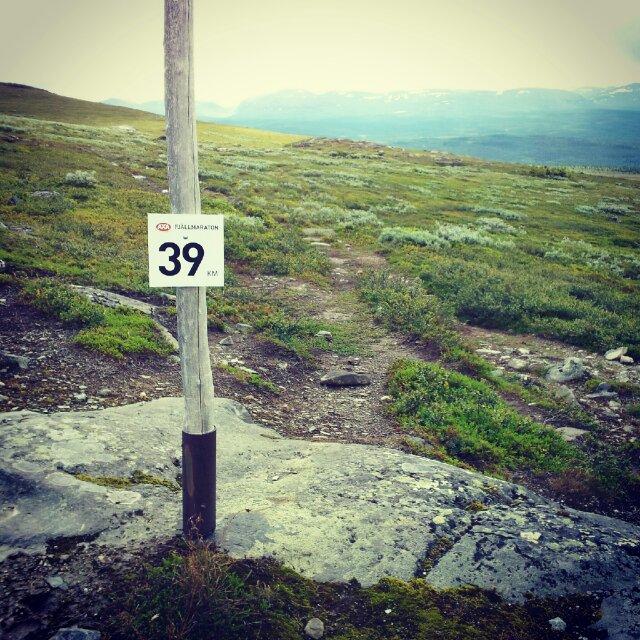 Kilometermarkering för AXA Fjällmaraton