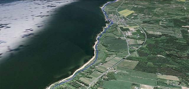 GAX 100 på Google Earth, strand
