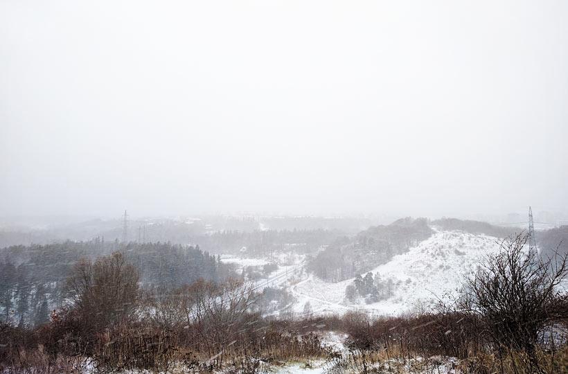 Högdalstoppen i snöstorm